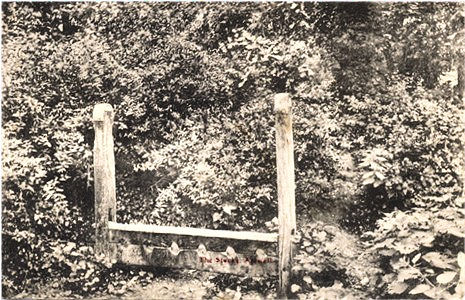 Title: The Stocks, Amwell - Publisher: Colling's Bazarr, Hoddesdon - Date: Posted 1910