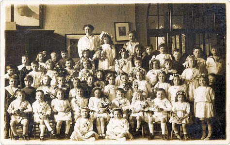 School Group Photograph, with Miss Cooper, probably Harpenden