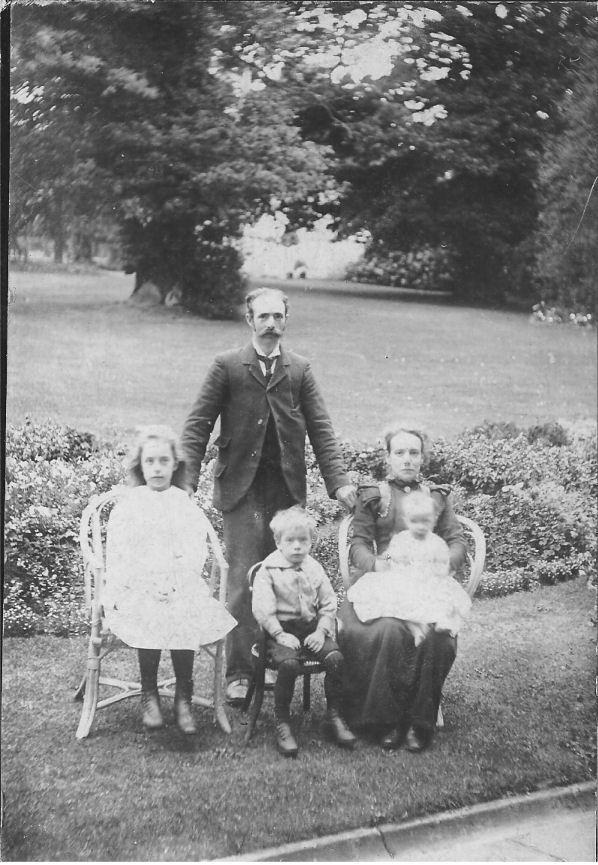 a gardener and his family at Gadebridge house, 1902