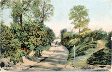 Title: Hitchin Hill, Hitchin - Publisher: Blum & Degen, Kromo series 21833 - Posted 1907