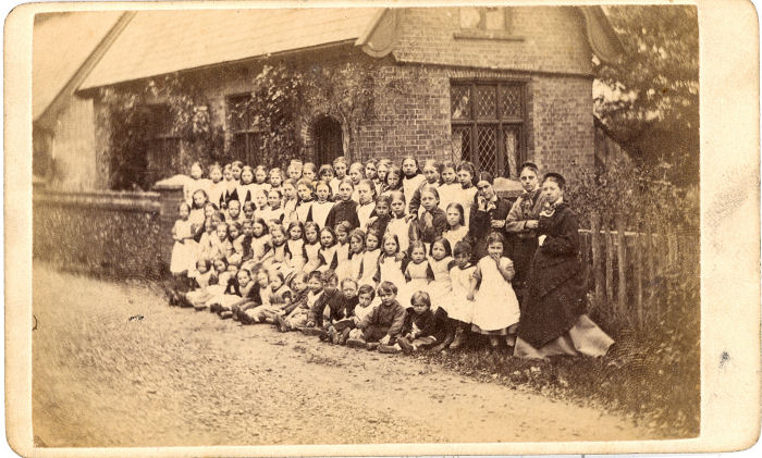 Victorian School Group, near Hitchin, CDV by Nichols