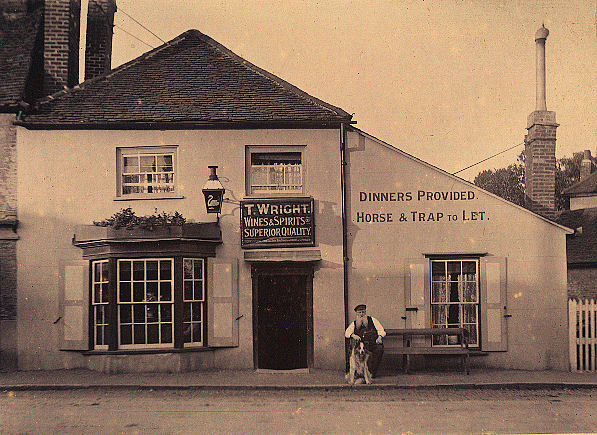 Thomas Wright at the Swan Inn, London Colney, 1904/5