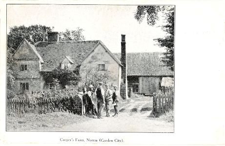 norton-coopers-farm-bw