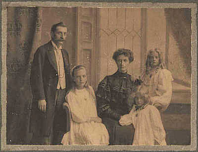A. E. Gibbs of St Albans, and family