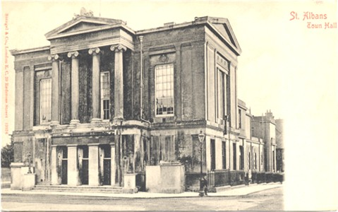 Title: St Albans, Town Hall - Publisher: Stengel & Co No. 19376 - Posted 1903 (undivided back)