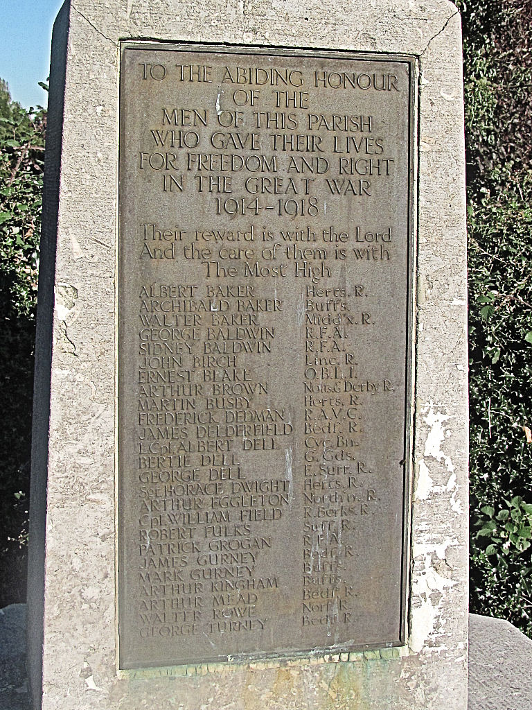 WW1, War Memorial, Wigginton, Herts